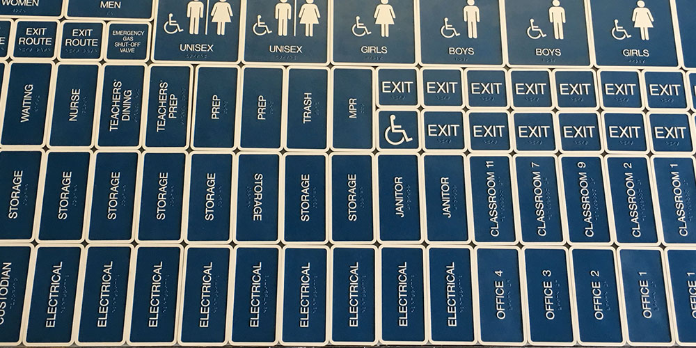 braille-signs-college